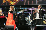 ROCK & ROLL HALL OF FAME CONCERT AT MADISON SQUARE GARDEN Aretha Franklin, Lenny Kravitz,