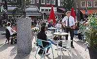 Nederland Amsterdam 2020. Het Spui.  Terras van cafe Hoppe.  Foto mag niet in negatieve context gepubliceerd worden.     Foto Berlinda van Dam / Hollandse Hoogte