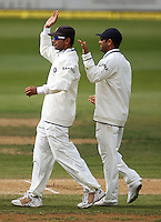 India's Virendar Sehwag congratulates Rahul Dravid on taking his world record 182nd catch during day four of the 3rd test between the New Zealand Black Caps and India at Allied Prime Basin Reserve, Wellington, New Zealand on Monday, 6 April 2009. Photo: Dave Lintott / lintottphoto.co.nz.