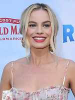 03 February 2018 - Los Angeles, California - Margot Robbie. &quot;Peter Rabbit&quot; Los Angeles Premiere held at The Grove. <br /> CAP/ADM/BT<br /> &copy;BT/ADM/Capital Pictures