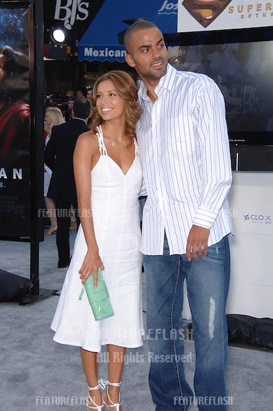 "Actress EVA LONGORIA & boyfriend TONY PARKER at the world premiere of ""Superman Returns"" in Los Angeles..June 21, 2006  Los Angeles, CA.© 2006 Paul Smith / Featureflash"