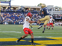 Annapolis, MD - September 23, 2017: Navy Midshipmen safety Sean Williams (6) drops an interception during the game between Cincinnati and Navy at  Navy-Marine Corps Memorial Stadium in Annapolis, MD.   (Photo by Elliott Brown/Media Images International)
