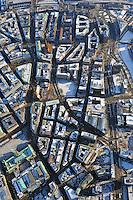 Hamburg zwischen Rathaus und Deichtor : EUROPA, DEUTSCHLAND, HAMBURG, (EUROPE, GERMANY), 4.02.2012: Kontorhausviertel zwischen Rathaus und Deichtor. Das Kontorhausviertel ist die Bezeichnung für den suedoestlichen Bereich der Hamburger Altstadt zwischen der Steinstrasse, dem Messberg, dem Klosterwall und der Brandstwiete. Es ist gekennzeichnet durch die großen Kontorhaeuser im Stil des Klinkerexpressionismus des fruehen 20. Jahrhunderts. Zentraler Platz ist der Burchardplatz.