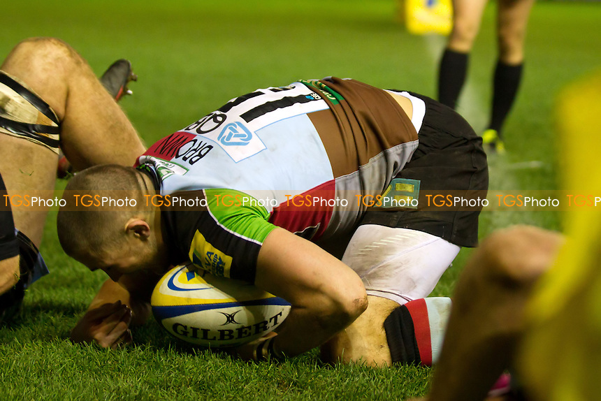 Mike Brown of Harlequins RFC scores the bonus point try for 'Quins - Harlequins RFC vs Newcastle Falcons RFC - Aviva Premiership Rugby at the Twickenham Stoop - 27/11/11 - MANDATORY CREDIT: Ray Lawrence/TGSPHOTO - Self billing applies where appropriate - 0845 094 6026 - contact@tgsphoto.co.uk - NO UNPAID USE.