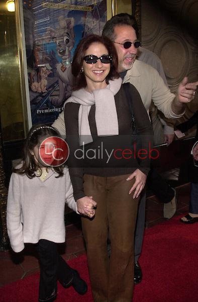 Gloria Estefan and family