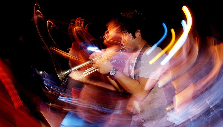 SUBURBAN LEGENDS.STARLAND BALLROOM.SAYREVILLE, NJ.11/9/07.PHOTO: MARK R. SULLIVAN/MARKRSULLIVAN.COM