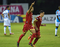 RIONEGRO - COLOMBIA, 22-11-2018: Humberto Osorio de Rionegro celebra después de anotar el segundo gol de su equipo al Junior durante el encuentro entre Rionegro Águilas y Atlético Junior por la semifinal, ida, de la Liga Águila II 2018 jugado en el estadio Alberto Grisales de la ciudad de Rionegro. / Humberto Osorio of Rionegro celebrates after scoring the second goal of his team to Junior during a Semifinal first leg match between Rionegro Aguilas and Atletico Junior as a part of Aguila League II 2018 played at the Alberto Grisales Stadium in Rionegro city. Photo: VizzorImage / Leon Monsalve / Cont