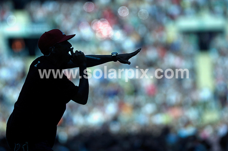 **ALL ROUND PICTURES FROM SOLARPIX.COM**.**WORLDWIDE SYNDICATION RIGHTS**.The Princess Diana Memorial concert at wembley stadium. 30_06_2007..This pic: Usher.JOB REF:  4206-STN        DATE: 03_07_2007.**MUST CREDIT SOLARPIX.COM OR DOUBLE FEE WILL BE CHARGED* *UNDER NO CIRCUMSTANCES IS THIS IMAGE TO BE REPRODUCED FOR ANY ONLINE EDITION WITHOUT PRIOR PERMISSION*