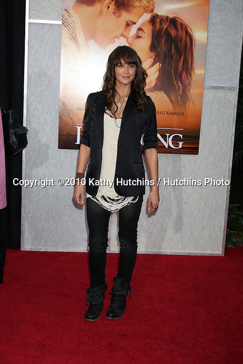 """Sharni Vinson.arrives at  """"The Last Song"""" World Premiere.ArcLight Theaters.Los Angeles, CA.March 25, 2010.©2010 Kathy Hutchins / Hutchins Photo...."""
