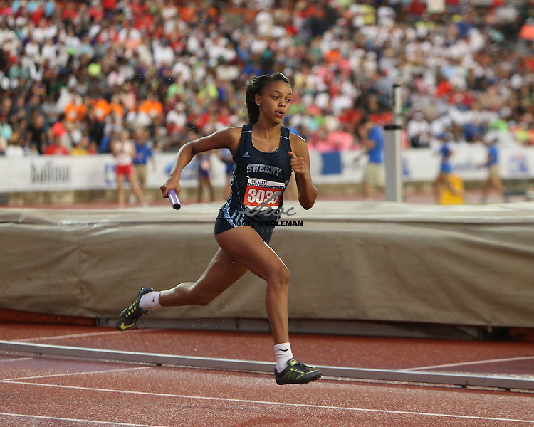 Jaidyn Fontenette of Sweeny High School runs a leg of the Class 4A girls 800-meter relay at the 2016 UIL State Track and Field Meet on Saturday, May 14, 2016 at Mike A. Myers Stadium on the campus of the University of Texas in Austin, Texas.