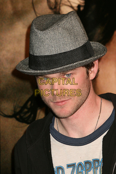 "SHAWN ASHMORE.""300"" Los Angeles Premiere at Grauman's Chinese Theatre, Hollywood, California, USA..March 5th, 2007.headshot portrait grey grey hat stubble facial hair.CAP/ADM/BP.©Byron Purvis/AdMedia/Capital Pictures"