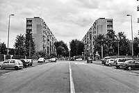 Milano, quartiere Quarto Oggiaro, periferia nord. Via Pascarella --- Milan, Quarto Oggiaro district, north periphery