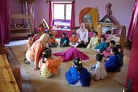 Egypte, Belbeis, 03 mei 2007.Sekem.Sekem school, kleuterklas.Sekem kindergarten.Foto (c) Michiel Wijnbergh.