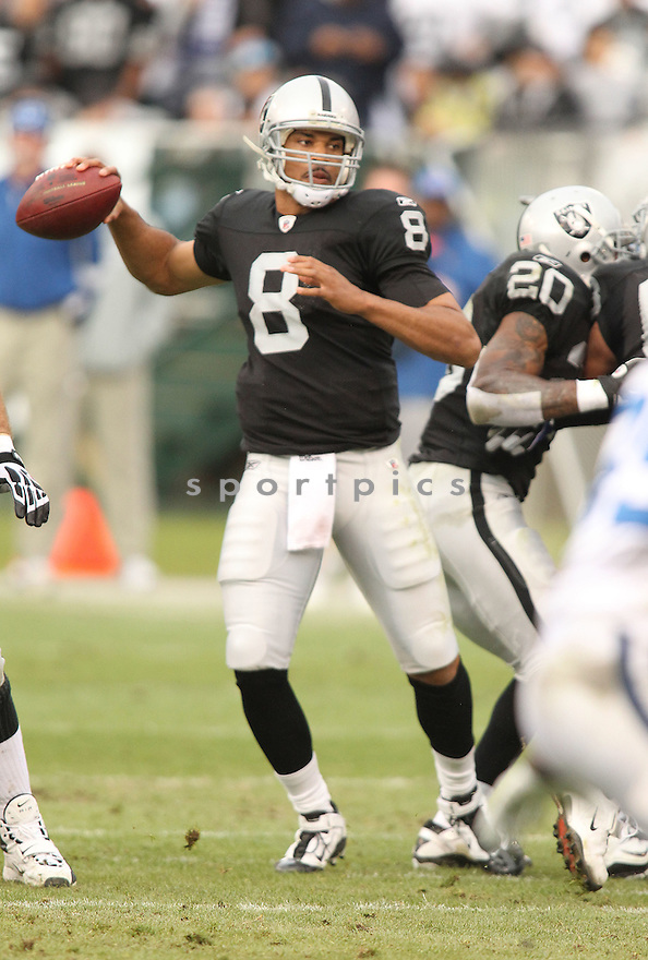 JASON CAMPBELL, of the Oakland Raiders in action durIng the Raiders game against the Indianapolis Colts at Oakland-Alameda County Coliseum in Oakland, California on December 26, 2010...Colts beat the Raiders 31-26