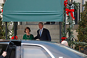 Former United States President George W. Bush and former first lady Laura Bush welcome US President Donald J. Trump and First lady Melania Trump as they arrive at Blair House for a visit prior to the State Funeral tomorrow for former US President George H.W. Bush, in Washington, D.C., December 4, 2018.<br /> Credit: Martin H. Simon / CNP