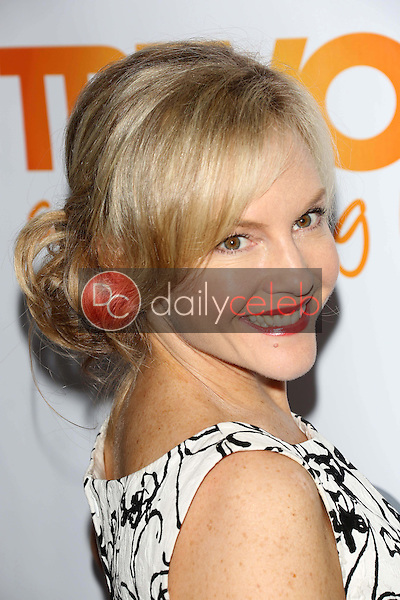 Rachael Harris<br />