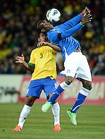 GENEBRA, SUICA, 21 DE MARCO DE 2013 - Mario Balotelli jogador da italia  durante partida amistosa contra o Brasil, disputada em Genebra, na Suíça, nesta quinta-feira, 21. O jogo terminou 2 a 2. FOTO: PIXATHLON / BRAZIL PHOTO PRESS