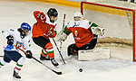 09.01.2020, BLZ Arena, Füssen / Fuessen, GER, IIHF Ice Hockey U18 Women's World Championship DIV I Group A, <br /> Ungarn (HUN) vs Italien (ITA), <br /> im Bild Eva Maria Grunser (ITA, #9), Maja Fecske (HUN, #21), Zsofia Toth (HUN, #20)<br /> <br /> Foto © nordphoto / Hafner
