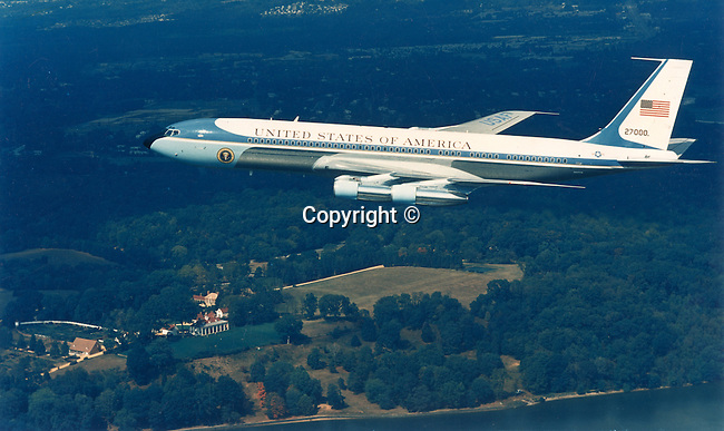 Air Force One Presidential air craft fly over Mount Vernon Virginia, Photojournalism, Photojournalist, collecting editing, presenting news photographs, Photojournalism provides visual support for stories, mainly in the print media,  Commercial photography's main focus is to sell a product or service. Fine Art photography are photographs that are created to fulfill the creative vision of the photographer, Photojournalism provides visual support for stories, mainly in the print media,  Commercial photography's main focus is to sell a product or service. Fine Art photography are photographs that are created to fulfill the creative vision of the photographer, Fine Art Photography by Ron Bennett, Fine Art, Fine Art photography, Art Photography, Copyright RonBennettPhotography.com ©