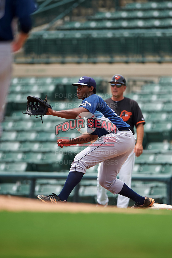 GCL Rays first baseman Devin Davis (32) stretches for a throw during the second game of a doubleheader against the GCL Orioles on August 1, 2015 at the Ed Smith Stadium in Sarasota, Florida.  GCL Orioles defeated the GCL Rays 11-4.  (Mike Janes/Four Seam Images)