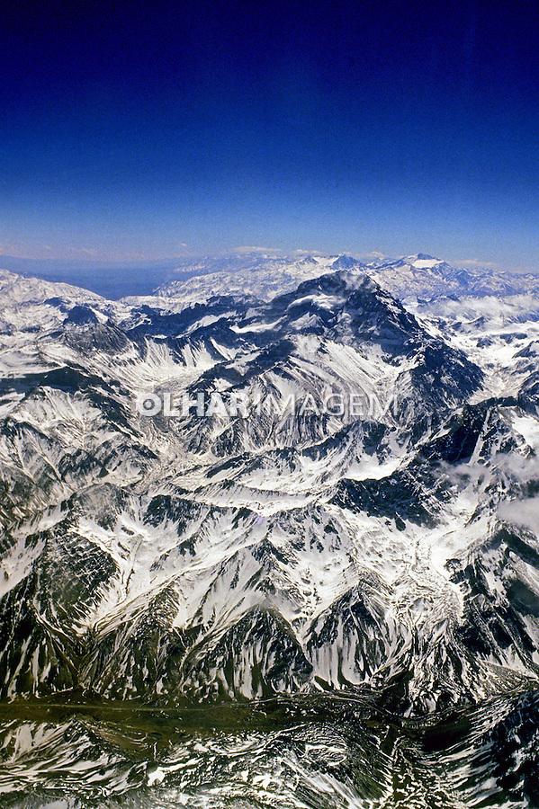 Vista aérea da Cordilheira dos Andes no Chile. 1993. Foto de Salomon Cytrynowicz.