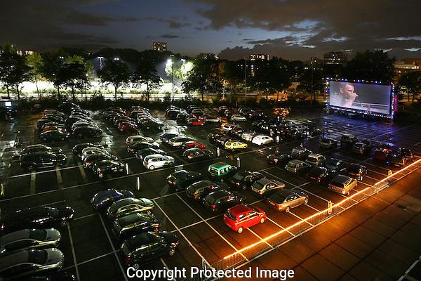 20120927 - Utrecht - Foto: Ramon Mangold - Nederlands Filmfestival 2012/ NFF - Drive-Inn Bioscoop Holland Casino Parkeerplaats.