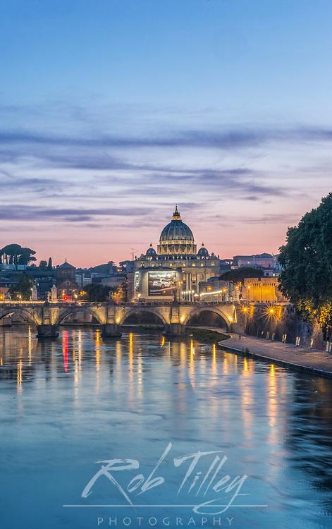 Europe, Italy, Rome, Tiber River Sunset