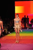 RIO DE JANEIRO, RJ, 26 MAIO 2012 - FASHION RIO - TRIYA - Desfile da grife Triya no ultimo dia da 21ª edição do Fashion Rio Verao 2013, realizado no Jockey Club, na Gávea, zona sul da cidade, nesta sexta-feira. STEPHANIE SARAMAGOBRAZIL PHOTO PRESS