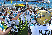 Jacksonville Jaguars veteran tight end Marcedes Lewis (89) brings his teammates together before kick-off against the Los Angeles Rams in a NFL game Sunday, October 15, 2017 in Jacksonville, Fl.  (Rick Wilson/Jacksonville Jaguars)