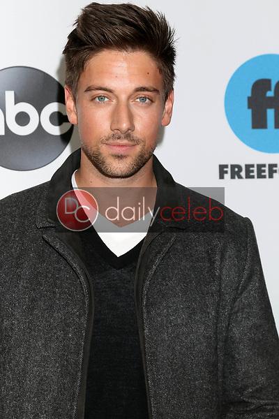Lincoln Younes<br /> at the Disney ABC Television Winter Press Tour Photo Call, Langham Huntington Hotel, Pasadena, CA 02-05-19<br /> David Edwards/DailyCeleb.com 818-249-4998