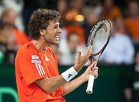 07-05-10, Tennis, Zoetermeer, Daviscup Nederland-Italie, Robin Haase   uit zin frustratie