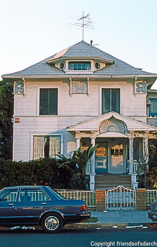 Los Angeles: Another house on S. Bonnie Brae. Victorian historic district.  Photo '87.
