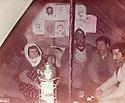 Itaq 1984 .On left, a mother of a peshmerga visiting her son in Surien .Irak 1984 .A gauche, la mere d'un peshmerga rendant visite a son fils  a Surien