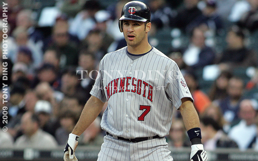4 May 2009: Minnesota Twins catcher Joe Mauer (7) steps up to the plate to bat during the Twins at Tigers Major League Baseball game at Comerica Park, in Detroit, Michigan. Minnesota won 7-2.