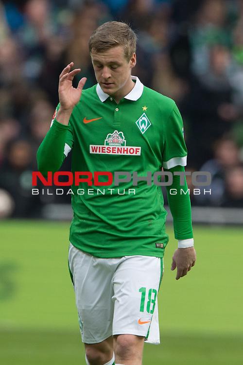 04.04.2015, Weser Stadion, Bremen, GER, 1.FBL. Werder Bremen vs 1. FSV Mainz 05, im Bild<br /> <br /> <br /> Felix Kroos (Bremen #18)<br /> Einzelaktion, Halbk&ouml;rper / Halbk&ouml;rper, <br /> <br /> <br /> Foto &copy; nordphoto / Kokenge