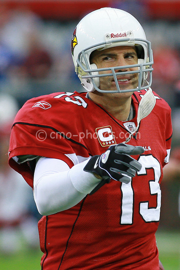Nov 23, 2008; Glendale, AZ, USA; Arizona Cardinals quarterback Kurt Warner (13) gestures to a teammate prior to a game against the New York Giants at University of Phoenix Stadium.