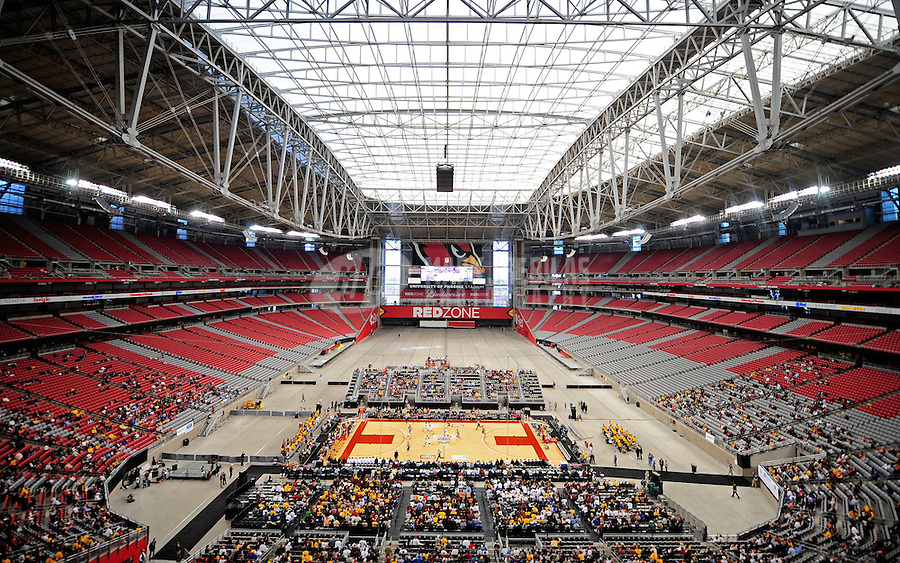 Dec. 20, 2008; Glendale, AZ, USA; Overview during the game between the Arizona State Sun Devils and the Brigham Young Cougars during the Stadium Shootout at University of Phoenix Stadium. Mandatory Credit: Mark J. Rebilas-