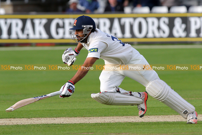 Ravi Bopara of Essex dives to make his ground during Essex CCC vs Lancashire CCC, Day Two