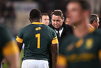 Coach Steve Hansen chats with Tendai Mtawarira after The Rugby Championship match between the NZ All Blacks and South Africa Springboks at AMI Stadium in Christchurch, New Zealand on Saturday, 17 September 2016. Photo: Martin Hunter / lintottphoto.co.nz