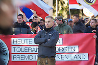 Zum 75. Jahrestag der Reichspogromnacht marschierten bis zu 200 Neonazis von der NPD durch die mecklenburgische Kleinstadt Friedland und protestierten gegen ein geplantes Fluechtlingsheim.<br />Mehrere hundert Gegendemonstranten demonstrierten lautstark gegen den Aufmarsch.<br />Im Bild: Hannes Welchar, Mitglied des Bundesordnerdienstes der NPD, einer parteieigenen Schutztruppe, die nach eigenem Rechtsempfinden vorgibt, Parteiveranstaltungen zu sichern.<br />9.11.2013, Berlin<br />Copyright: Christian-Ditsch.de<br />[Inhaltsveraendernde Manipulation des Fotos nur nach ausdruecklicher Genehmigung des Fotografen. Vereinbarungen ueber Abtretung von Persoenlichkeitsrechten/Model Release der abgebildeten Person/Personen liegen nicht vor. NO MODEL RELEASE! Don't publish without copyright Christian-Ditsch.de, Veroeffentlichung nur mit Fotografennennung, sowie gegen Honorar, MwSt. und Beleg. Konto:, I N G - D i B a, IBAN DE58500105175400192269, BIC INGDDEFFXXX, Kontakt: post@christian-ditsch.de<br />Urhebervermerk wird gemaess Paragraph 13 UHG verlangt.]