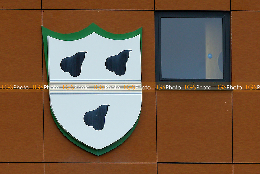 The Worcestershire crest during Worcestershire CCC vs Essex CCC, Specsavers County Championship Division 2 Cricket at New Road on 1st May 2016