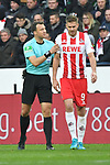 14.01.2018, RheinEnergieStadion, Koeln, GER, 1.FBL., 1. FC K&ouml;ln vs. Borussia M&ouml;nchengladbach<br /> <br /> im Bild / picture shows: <br /> Belehrung vom Schiedsrichter, referee, Felix Zwayer (SR) Simon Terodde (FC K&ouml;ln #9),<br /> <br /> <br /> Foto &copy; nordphoto / Meuter