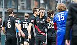 BLOEMENDAAL   - Hockey -  3e en beslissende  wedstrijd halve finale Play Offs heren. Bloemendaal-Amsterdam (0-3).  Vreugde bij Johannes Mooij (A'dam) , na het eindsignaal.  Amsterdam plaats zich voor de finale.  COPYRIGHT KOEN SUYK