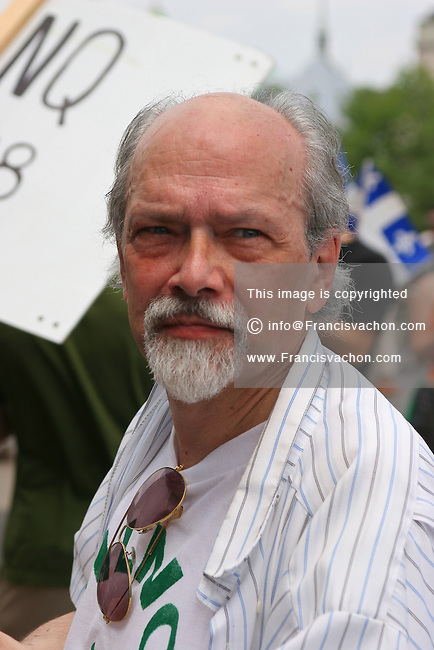 Hardline separatist and ex-FLQ member Raymond Villeneuve takes part into the MLNQ protest on Terrasse Dufferin Friday July 1, 2005.
