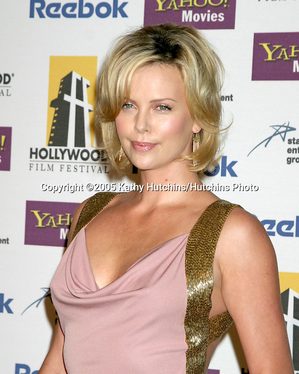 Charlize Theron.Hollywood Film Festival Gala.Beverly Hilton Hotel.Los Angeles, CA.October 24, 2005.©2005 Kathy Hutchins / Hutchins Photo..