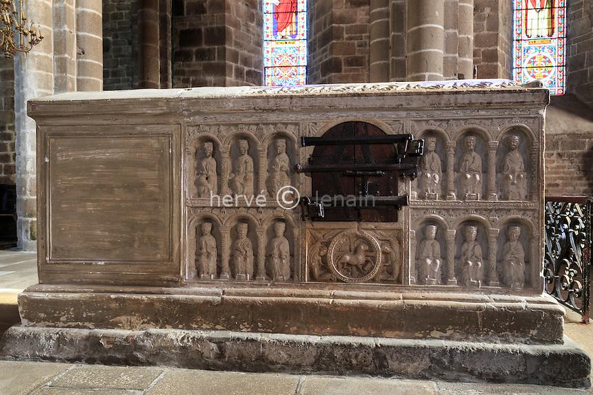 France, Haute-Vienne (87), Saint-Junien, la collégiale Saint-Junien, tombeau de Saint-Junien // France, Haute Vienne, Saint-Junien, collegiate church Saint Junien, Saint Junien tomb