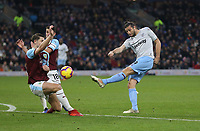 West Ham United's Andy Carroll with a second half shot<br /> <br /> Photographer Rob Newell/CameraSport<br /> <br /> The Premier League - Burnley v West Ham United - Sunday 30th December 2018 - Turf Moor - Burnley<br /> <br /> World Copyright © 2018 CameraSport. All rights reserved. 43 Linden Ave. Countesthorpe. Leicester. England. LE8 5PG - Tel: +44 (0) 116 277 4147 - admin@camerasport.com - www.camerasport.com