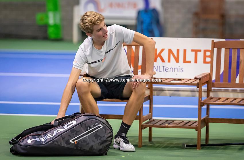 Hilversum, Netherlands, December 2, 2018, Winter Youth Circuit Masters, Sven van Dijk (NED)<br /> Photo: Tennisimages/Henk Koster