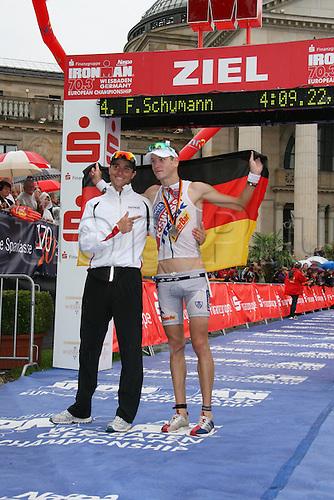 15 08 2010  Triathlon ITU World Championship Ironman event Wiesbaden. Andreas Raelert Michael Raelert ger men Triathlon Wiesbaden euro