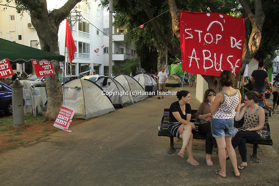Israel, Tel Aviv, the Housing Protest in Rothschild Avenue
